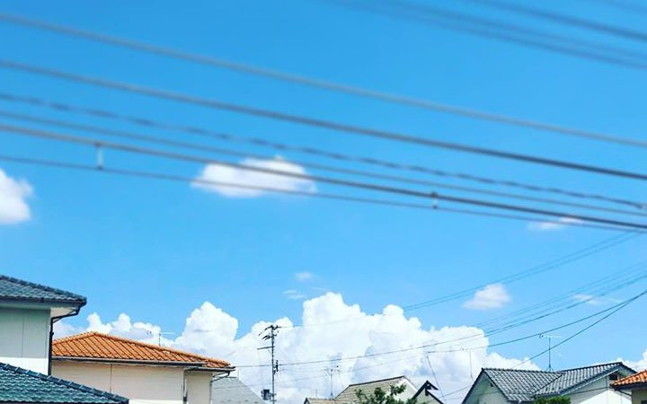 なんだか雲が夏っぽい。