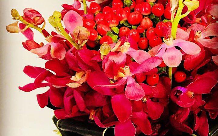 #福島ユナイテッドfc をイメージして赤いブーケ。