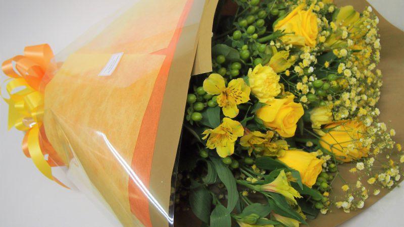 【退職祝い】イエローカラーの花束