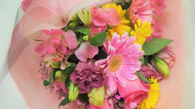 【誕生日】優しいピンクの花束